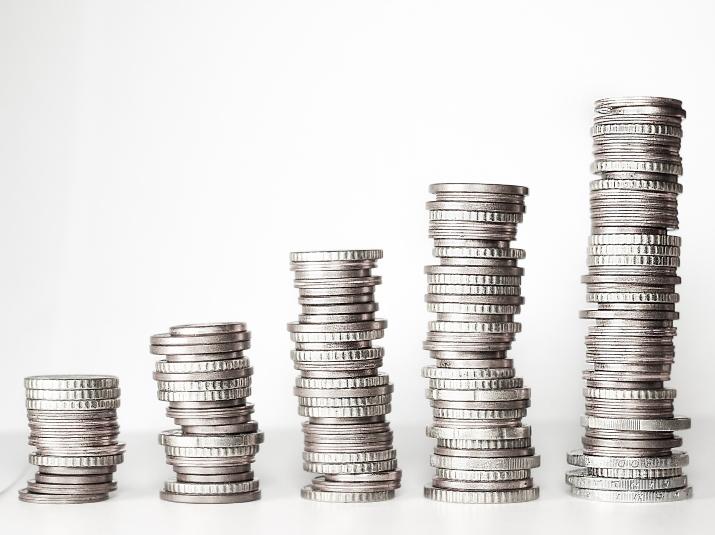 Kā rīkoties, ja klients apmaksā rēķinu skaidrā naudā?